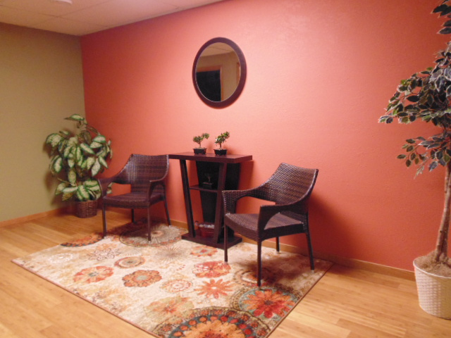 Waiting area - La Ceiba Massage LLC - Sumner, IA  50674